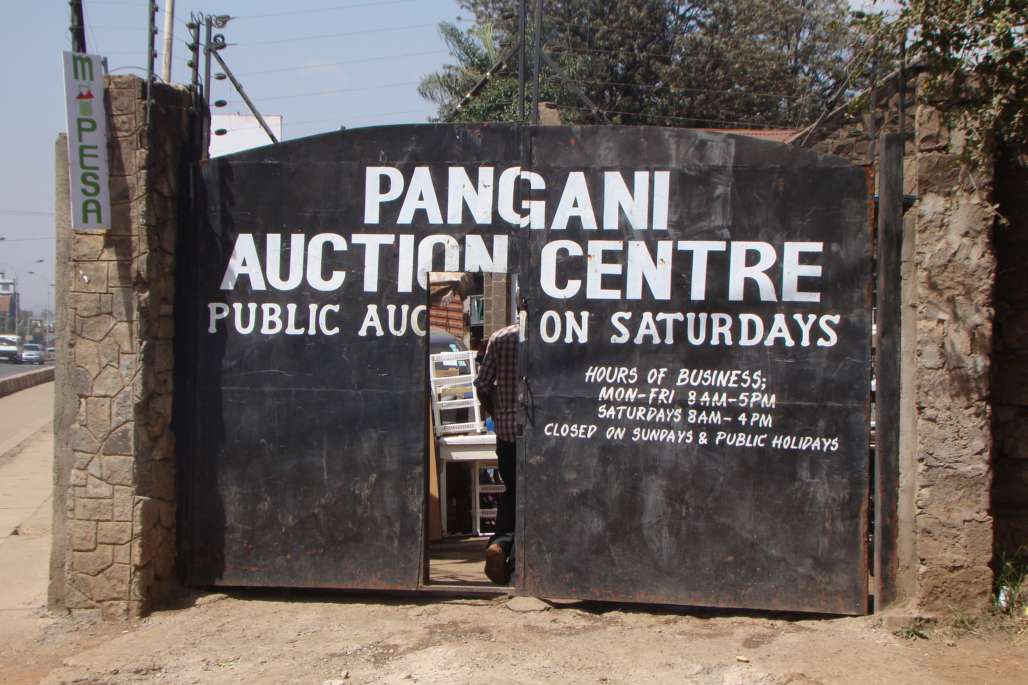 Public Auctions of Used Goods, Furniture and Equipment